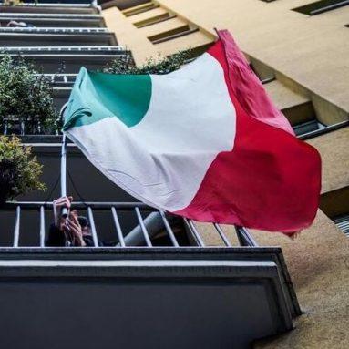 Bandiera Italiana Da Balcone