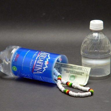 Bottiglia Acqua Nascondiglio