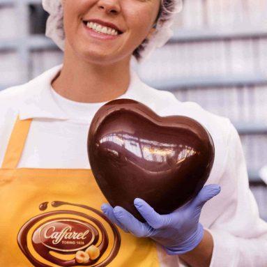 Cuore Gigante Di Cioccolato Telethon